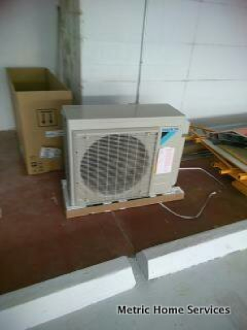 Ductless mini split efficient cooling heating san for Efficient heating options